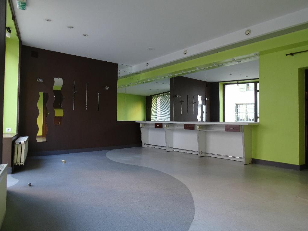 Maison à vendre 6 125m2 à Saint-Laurent-sur-Gorre vignette-3