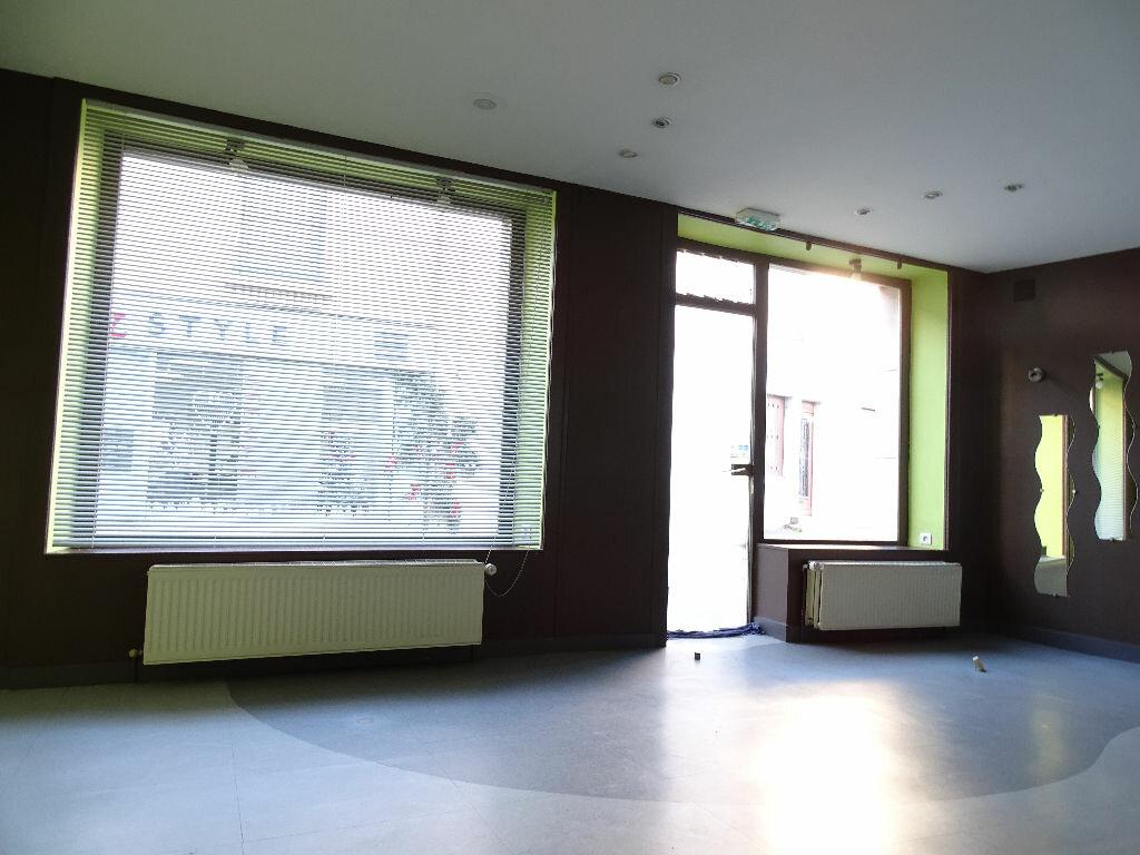 Maison à vendre 6 125m2 à Saint-Laurent-sur-Gorre vignette-4