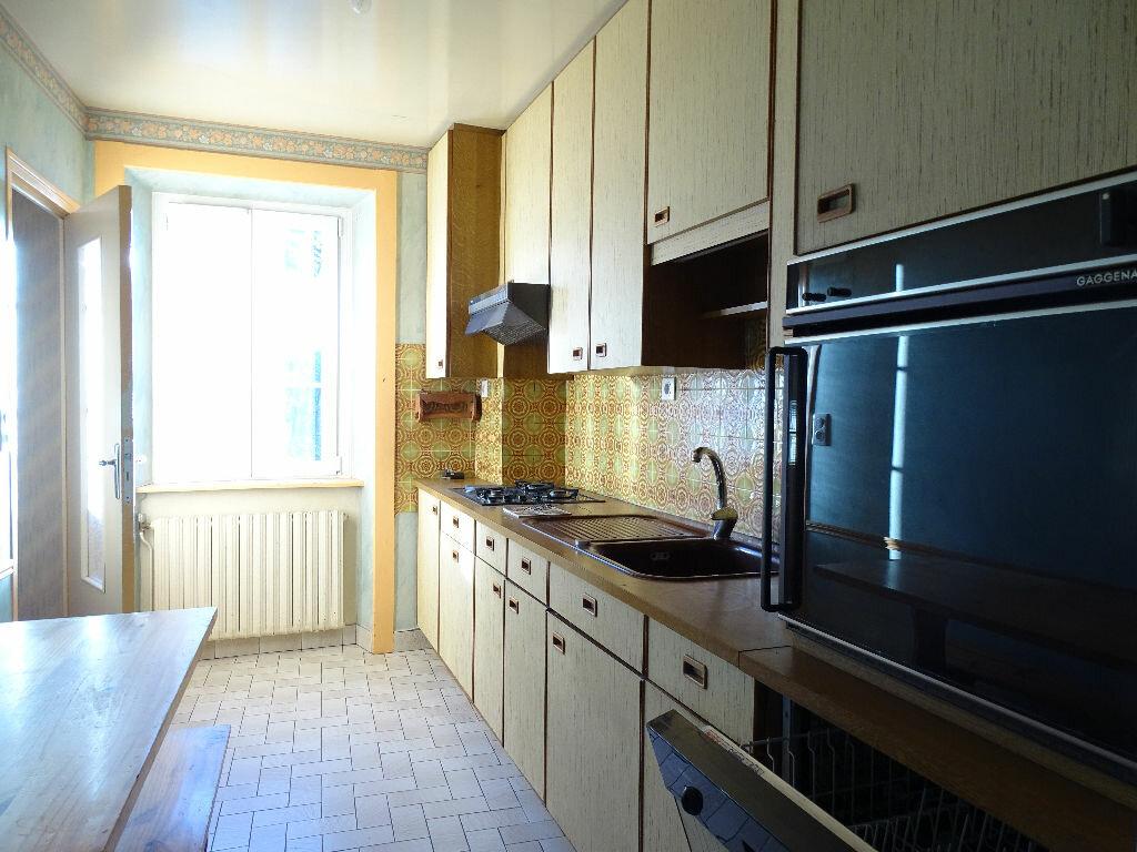 Maison à vendre 6 125m2 à Saint-Laurent-sur-Gorre vignette-5