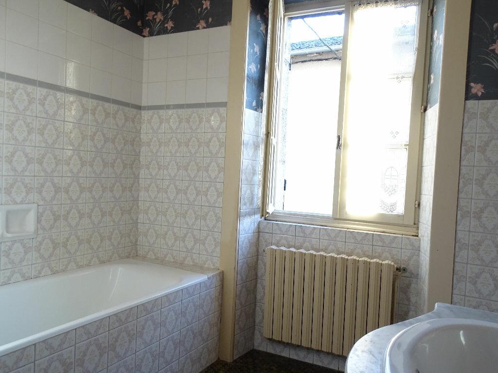 Maison à vendre 6 125m2 à Saint-Laurent-sur-Gorre vignette-11