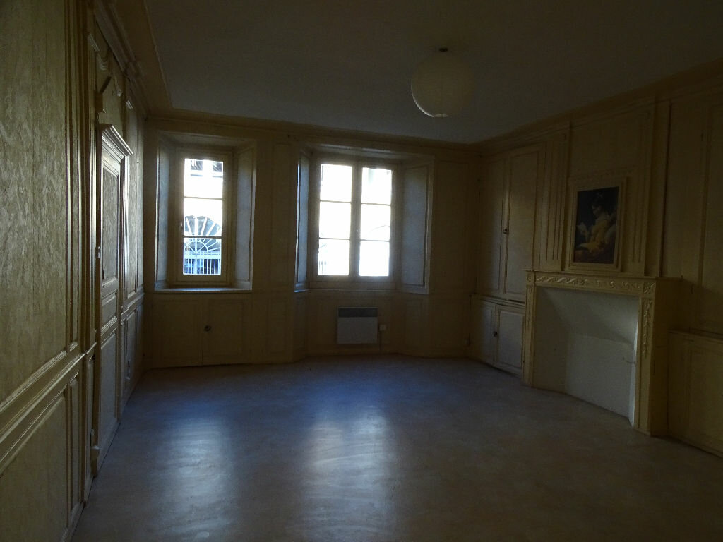Appartement à louer 2 51m2 à Saint-Junien vignette-5