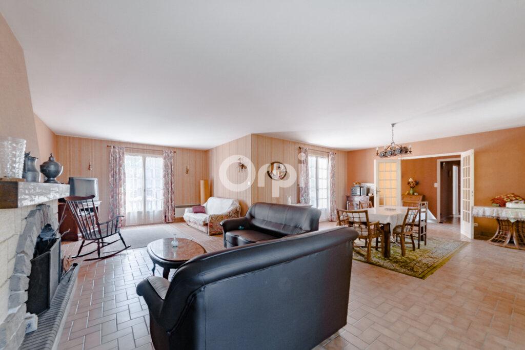 Maison à vendre 8 195m2 à Chassenon vignette-4