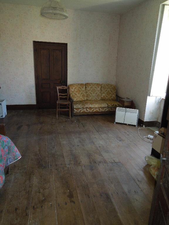 Maison à vendre 5 270m2 à Brigueuil vignette-6