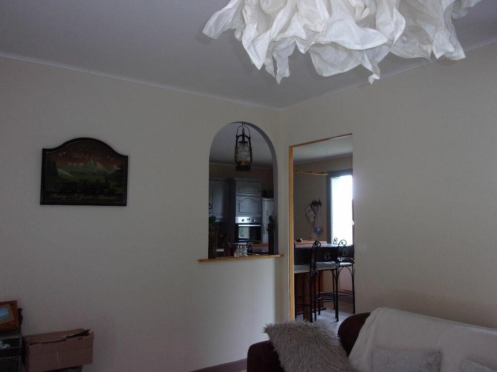 Maison à louer 5 130m2 à Saint-Auvent vignette-14