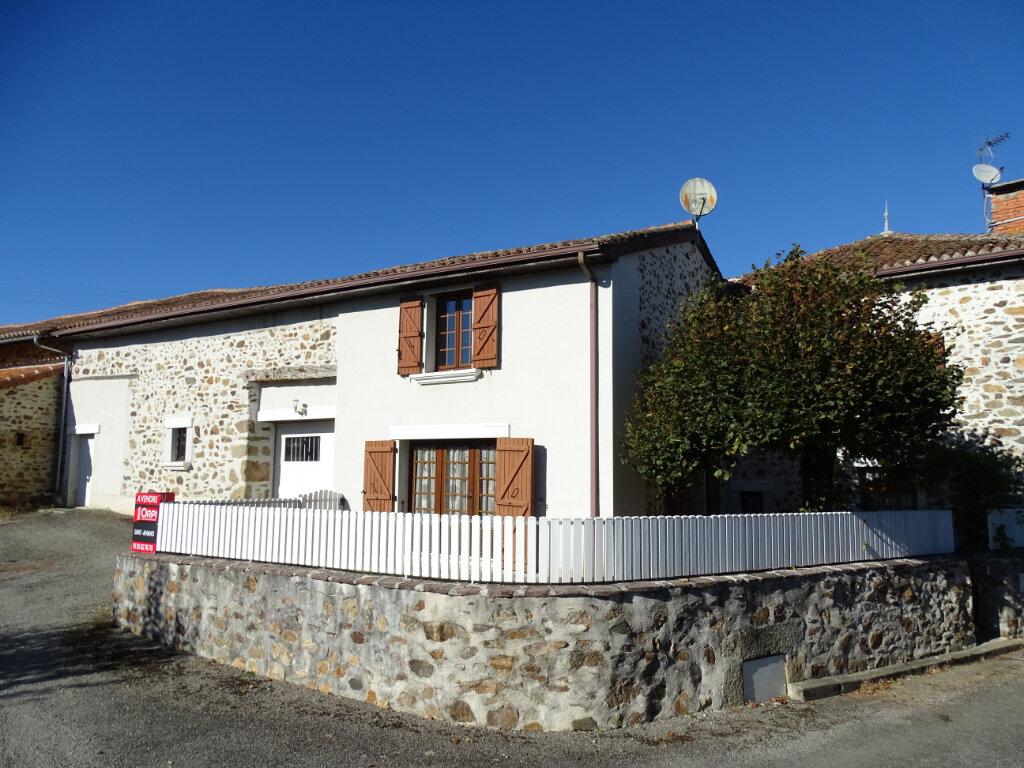 Maison à vendre 5 140m2 à Saint-Junien vignette-3