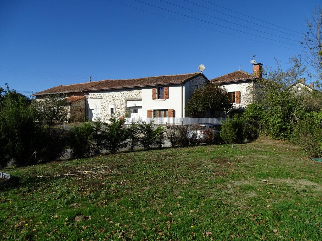 Maison à vendre 5 140m2 à Saint-Junien vignette-6