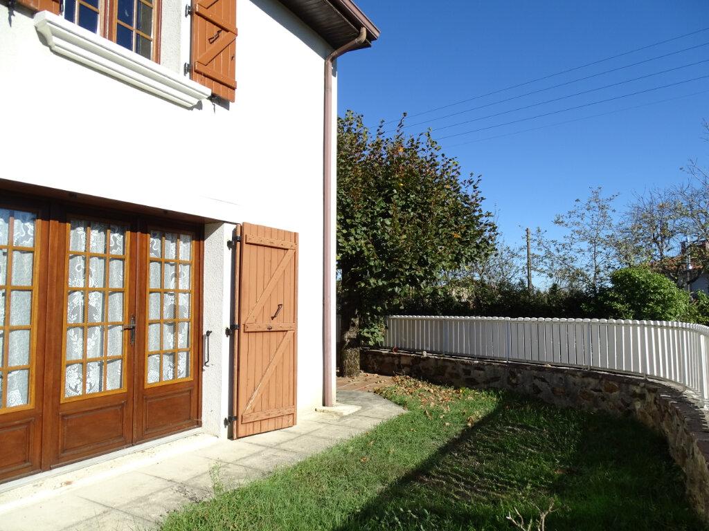 Maison à vendre 5 140m2 à Saint-Junien vignette-7
