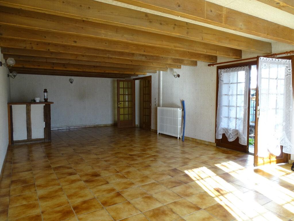 Maison à vendre 5 140m2 à Saint-Junien vignette-8