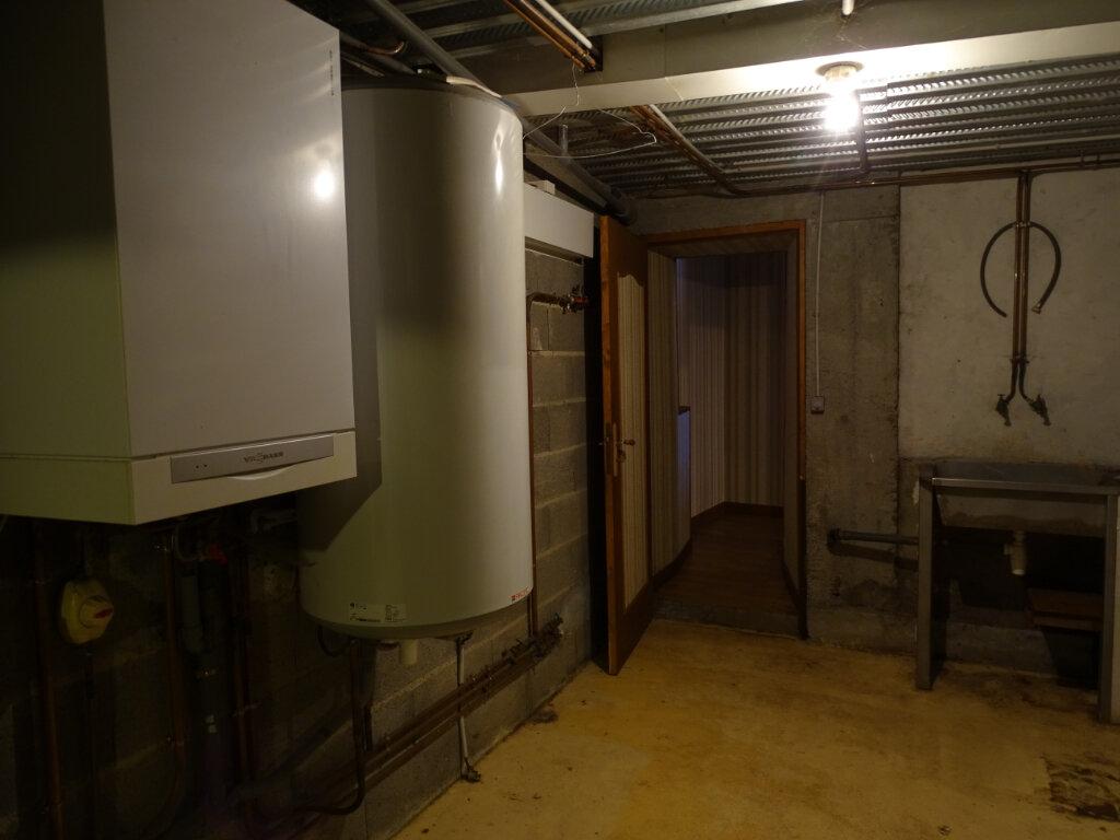 Maison à vendre 5 140m2 à Saint-Junien vignette-10