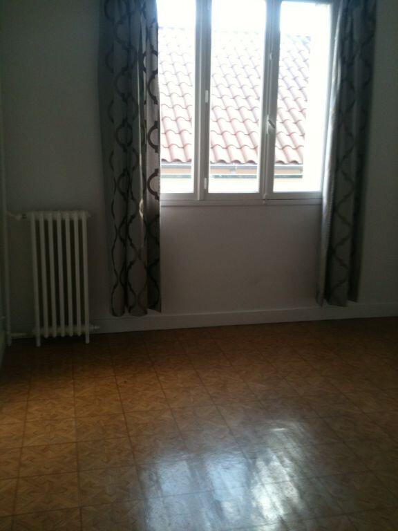 Appartement à vendre 3 69m2 à Saint-Junien vignette-5