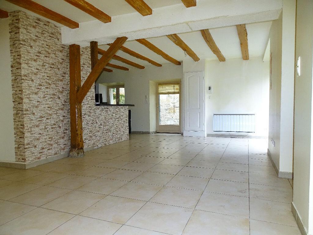 Maison à louer 3 97m2 à Saint-Junien vignette-3