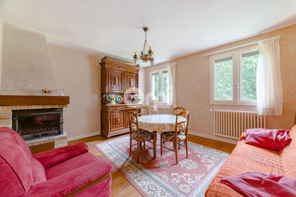 Maison à vendre 4 90m2 à Chassenon vignette-6