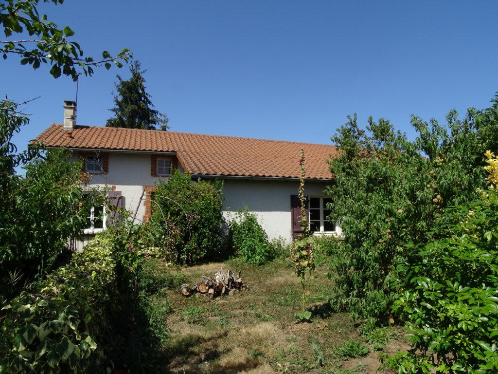 Maison à vendre 4 70m2 à Brigueuil vignette-4