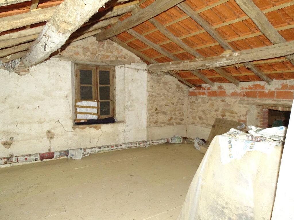 Maison à vendre 4 70m2 à Brigueuil vignette-10