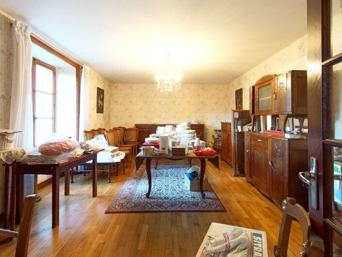 Maison à vendre 7 160m2 à Rochechouart vignette-4