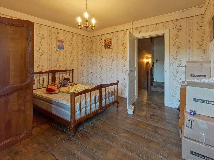 Maison à vendre 7 160m2 à Rochechouart vignette-5