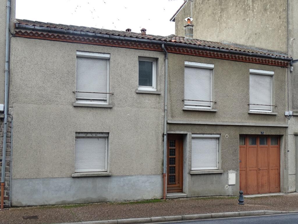 Maison à vendre 4 95m2 à Chabanais vignette-1