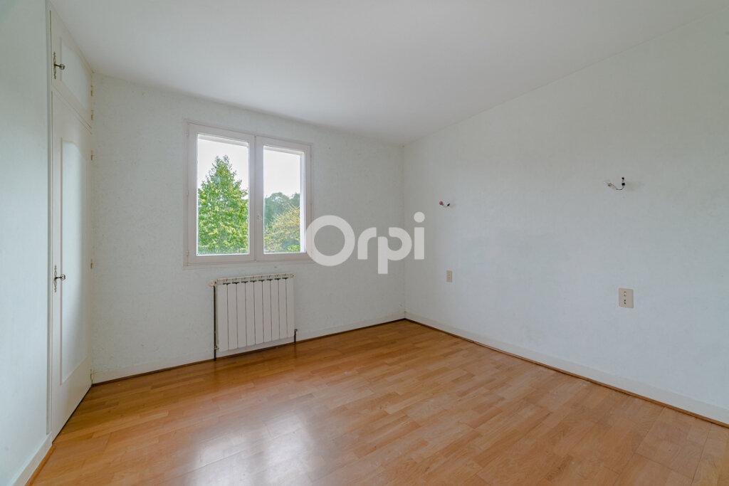 Maison à vendre 5 106m2 à Chirac vignette-6