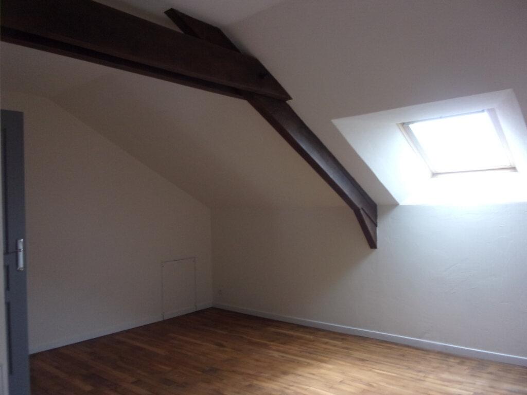 Maison à louer 6 141m2 à Saint-Junien vignette-11