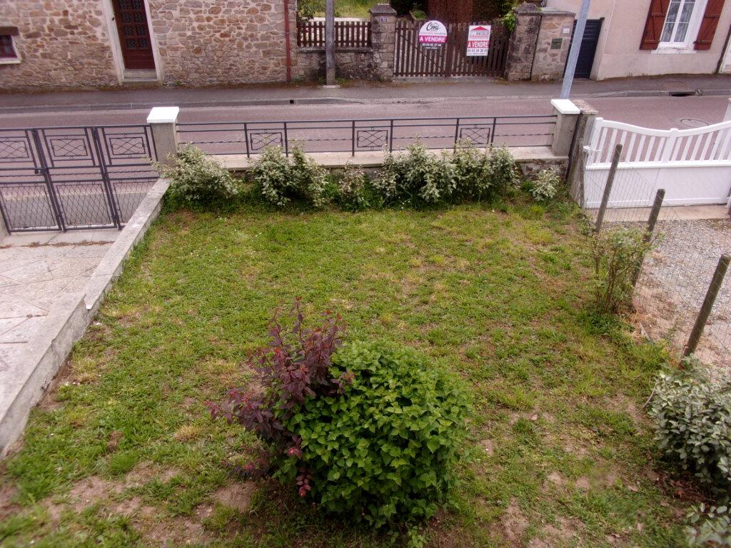 Maison à louer 6 141m2 à Saint-Junien vignette-15