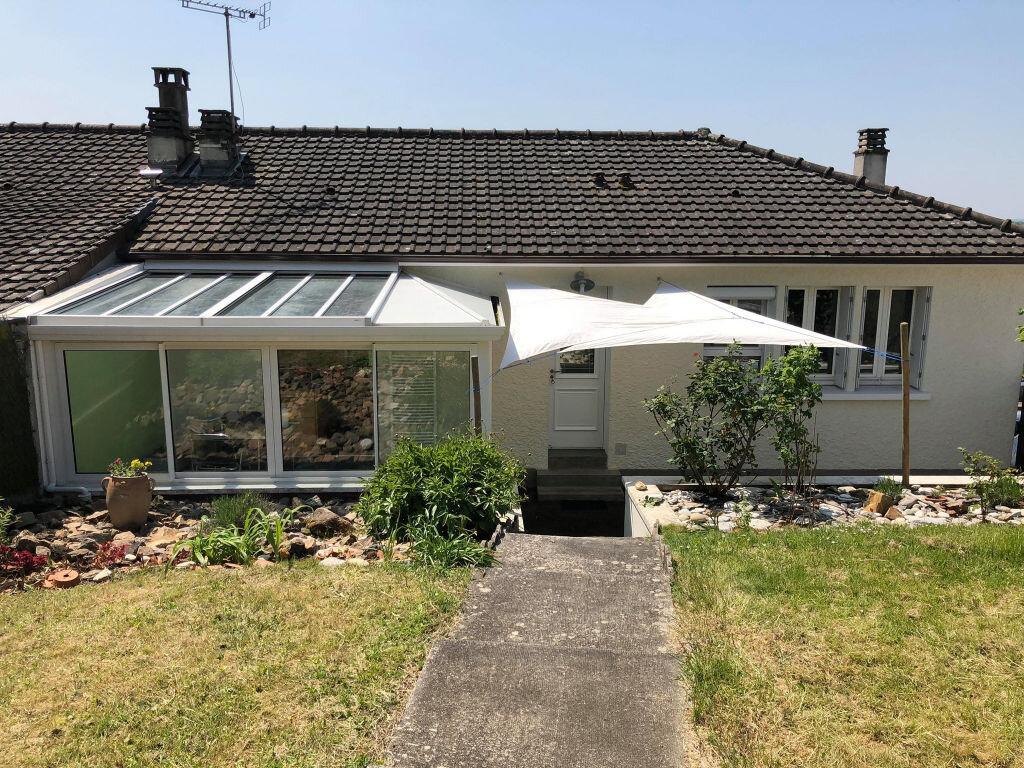 Maison à louer 6 110m2 à Saillat-sur-Vienne vignette-1