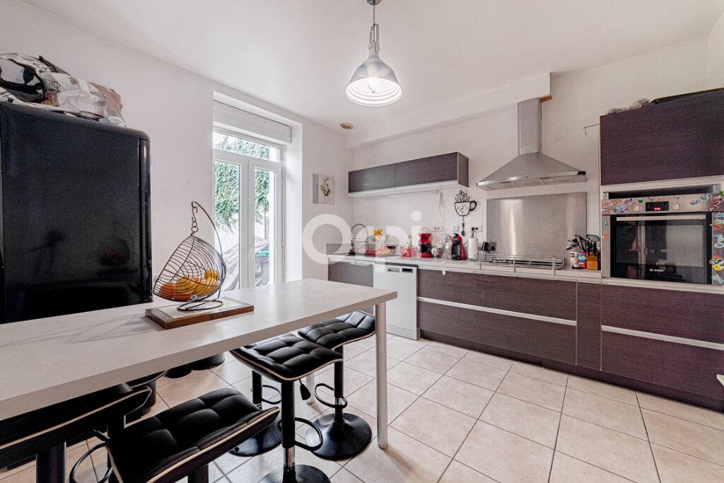 Maison à vendre 8 183m2 à Saint-Junien vignette-5