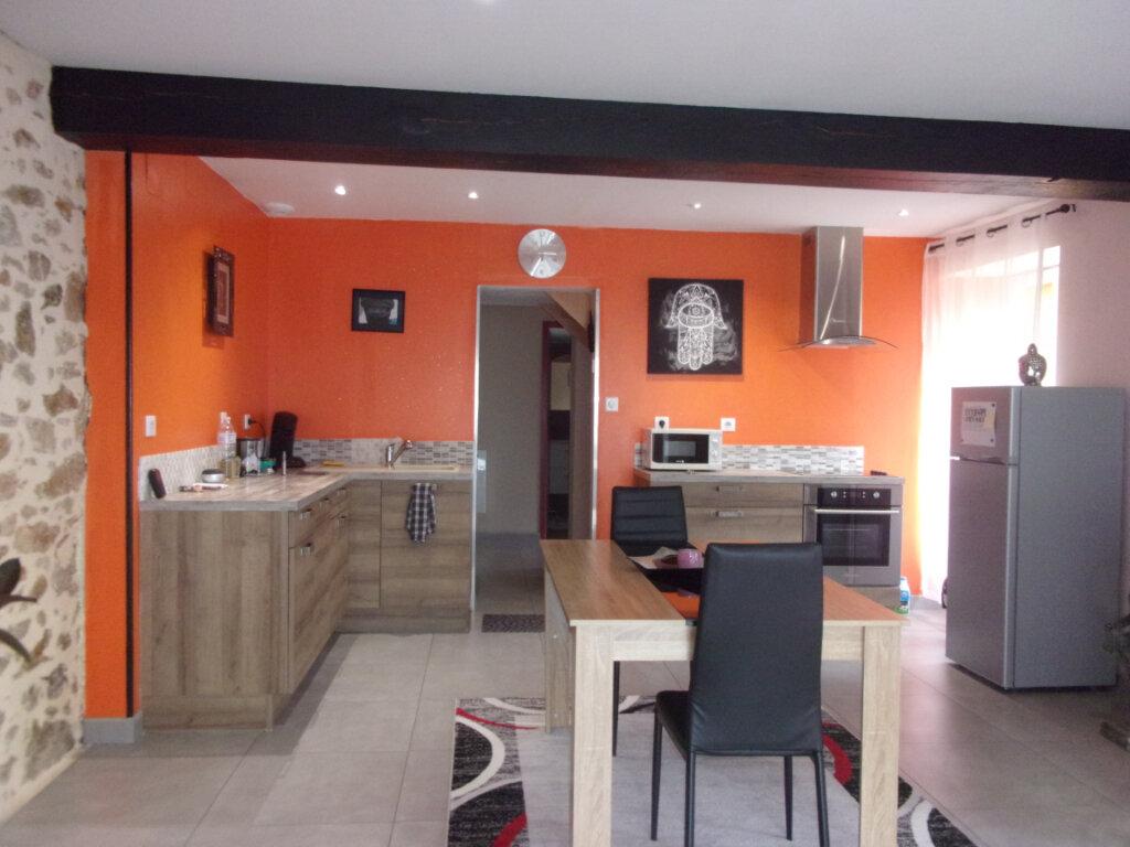 Maison à vendre 4 75m2 à Saint-Junien vignette-1