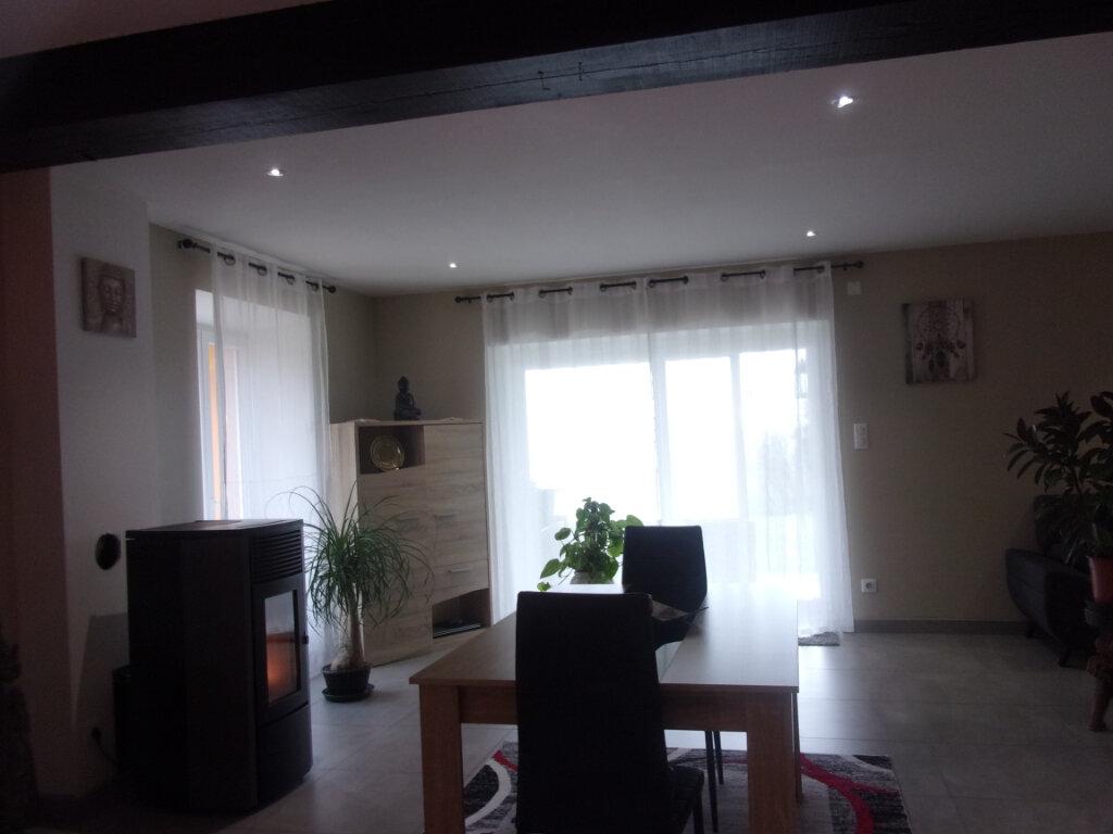 Maison à vendre 4 75m2 à Saint-Junien vignette-5