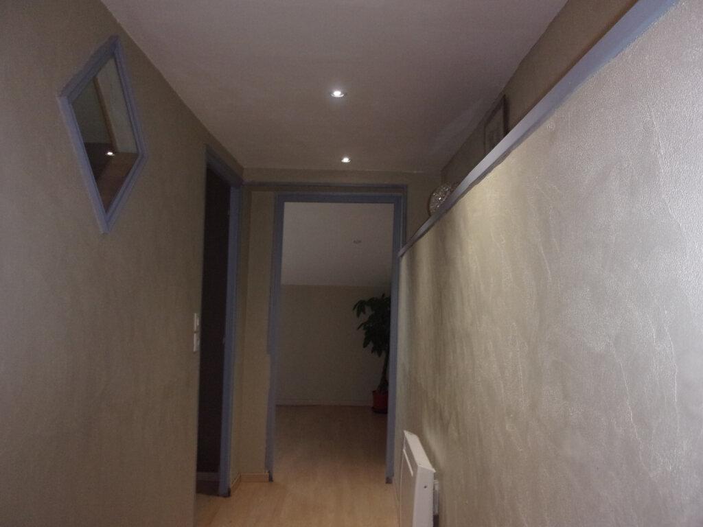 Maison à vendre 4 75m2 à Saint-Junien vignette-8