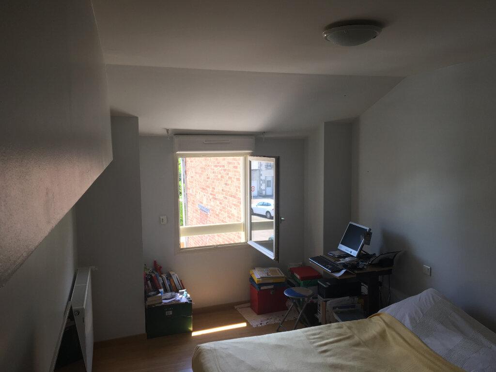 Maison à louer 4 125m2 à Saint-Junien vignette-9