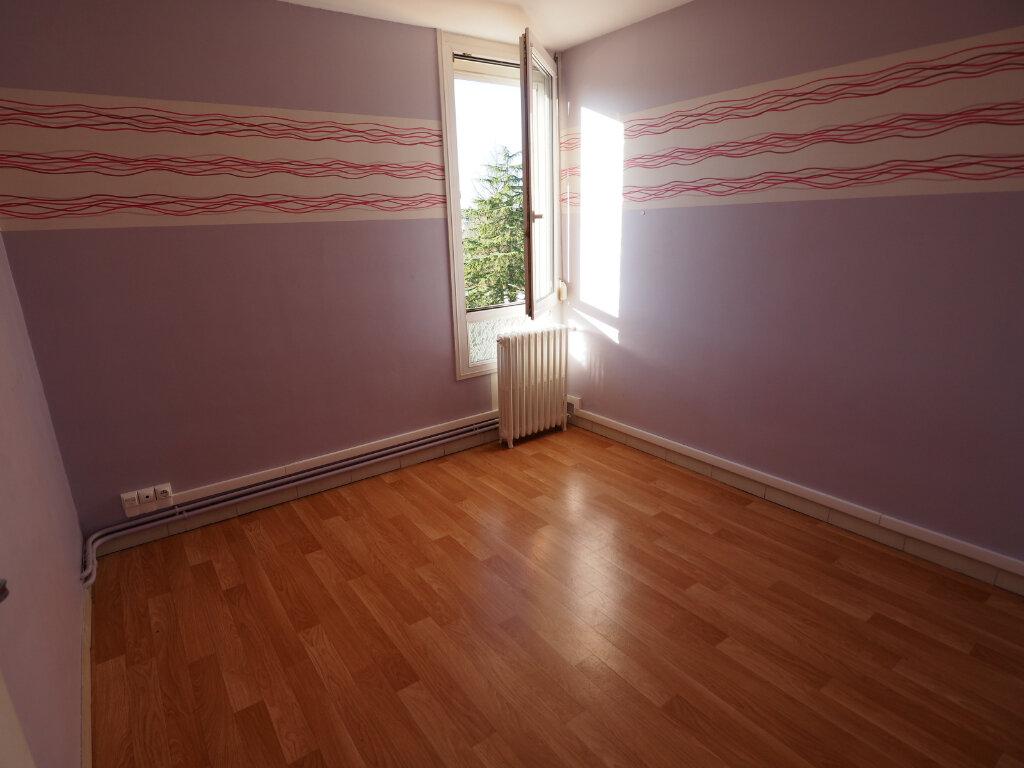 Appartement à vendre 3 60m2 à Jeumont vignette-3