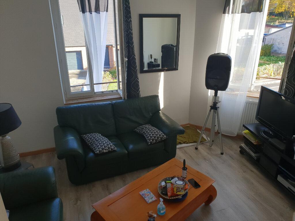 Maison à vendre 5 72.74m2 à Jeumont vignette-1