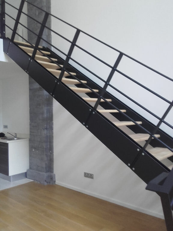 Appartement à louer 2 58m2 à Valenciennes vignette-4