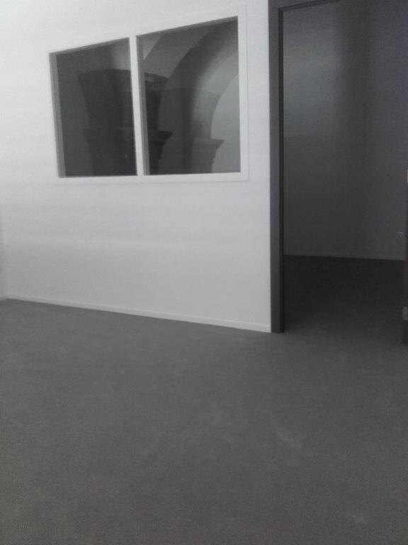 Appartement à louer 2 58m2 à Valenciennes vignette-7