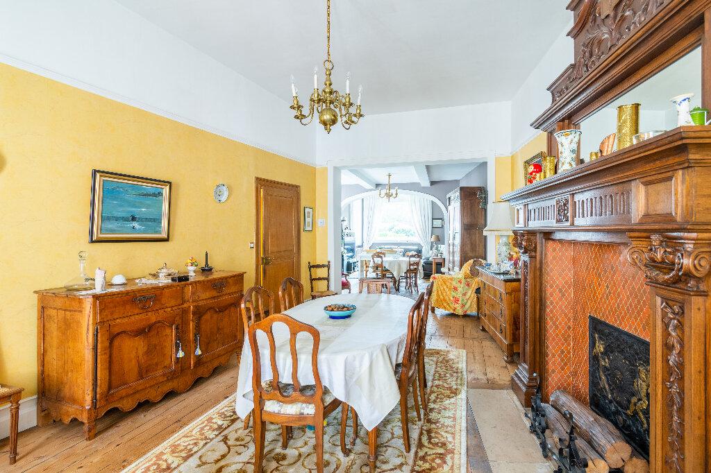 Maison à vendre 6 250m2 à Valenciennes vignette-3