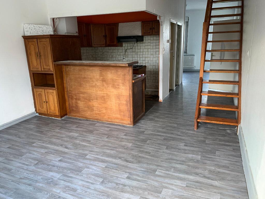 Appartement à louer 3 79m2 à Denain vignette-1
