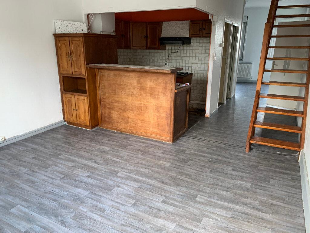 Appartement à louer 3 79m2 à Denain vignette-2