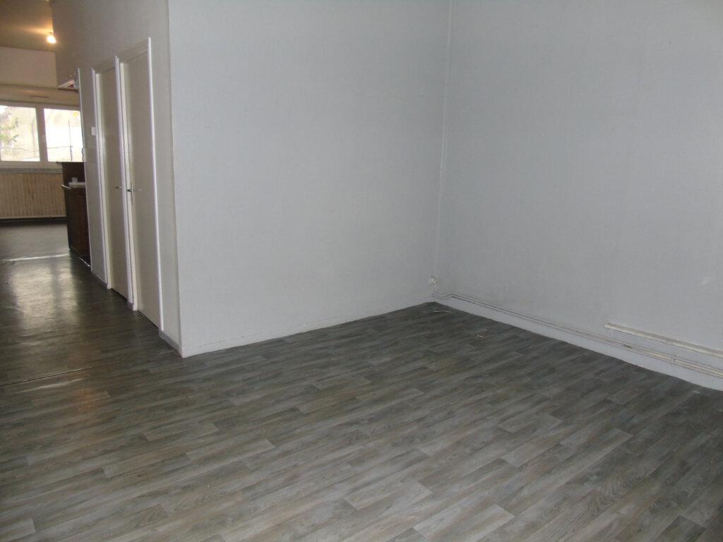 Appartement à louer 3 79m2 à Denain vignette-6