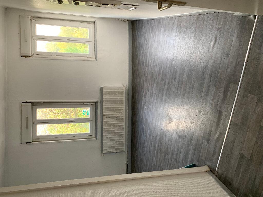 Appartement à louer 3 79m2 à Denain vignette-11