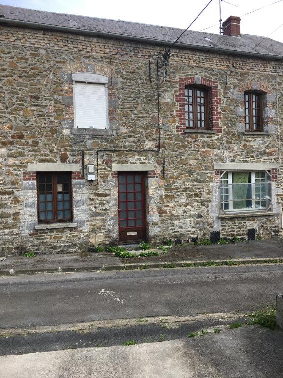 Maison à vendre 5 110m2 à Felleries vignette-1