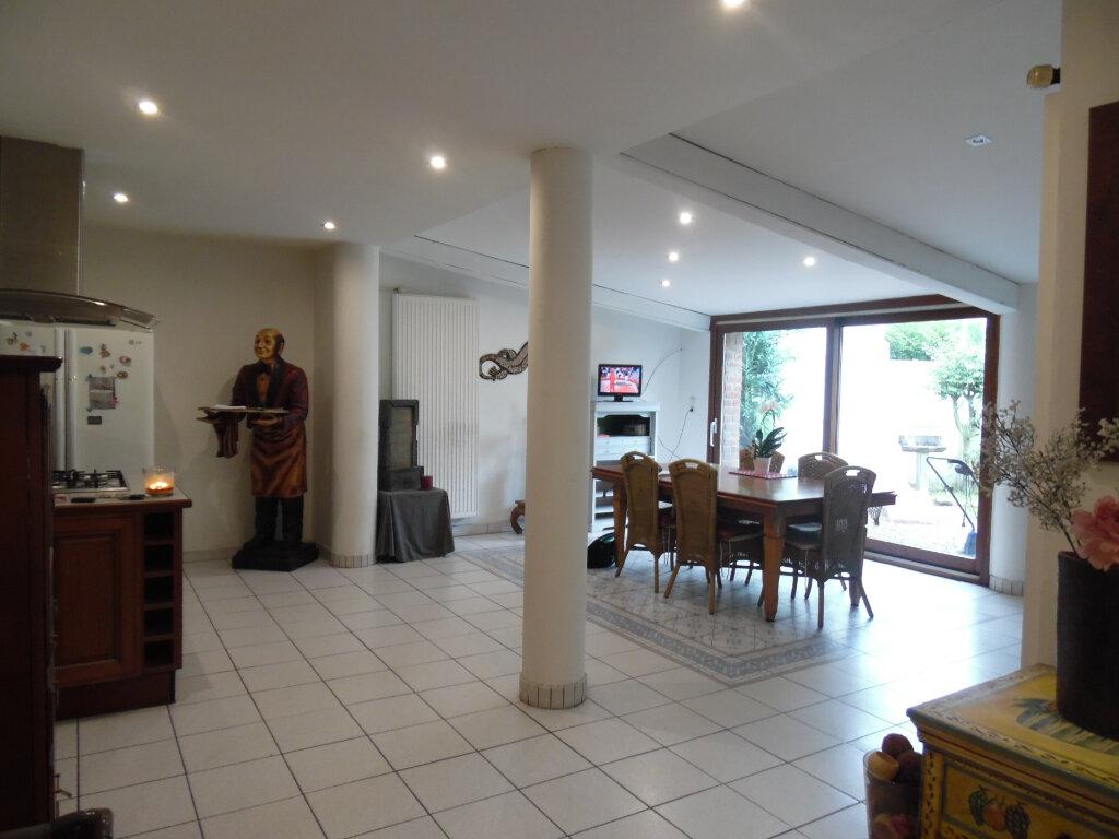Maison à vendre 5 161m2 à Raismes vignette-2