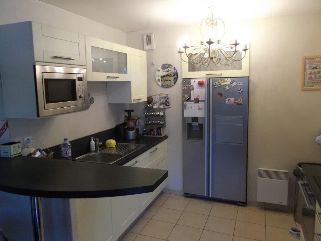 Appartement à vendre 3 72.37m2 à Valenciennes vignette-4