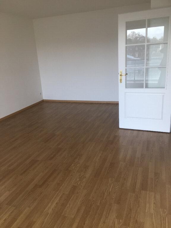 Appartement à louer 2 48.61m2 à Valenciennes vignette-2