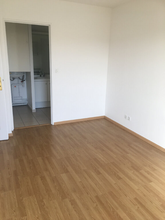 Appartement à louer 2 48.61m2 à Valenciennes vignette-4