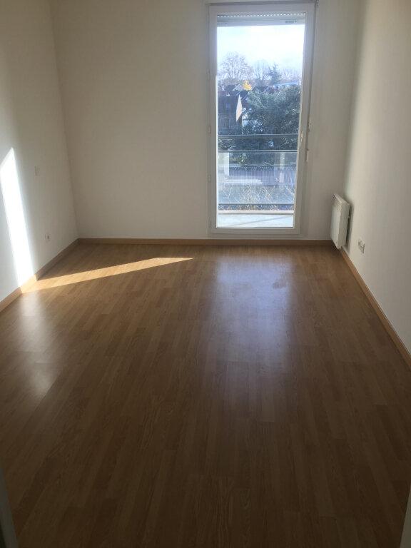 Appartement à louer 2 48.61m2 à Valenciennes vignette-5