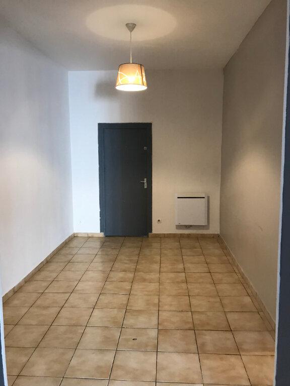 Appartement à louer 2 60m2 à Bruay-sur-l'Escaut vignette-6