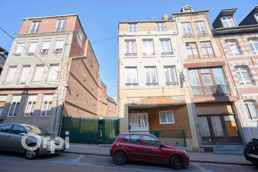Immeuble à vendre 0 300m2 à Avesnes-sur-Helpe vignette-2