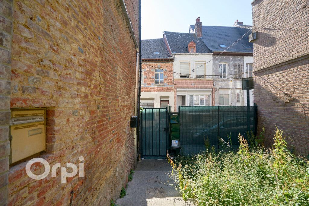 Immeuble à vendre 0 300m2 à Avesnes-sur-Helpe vignette-13