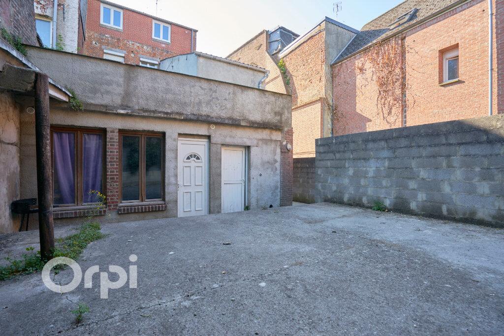Immeuble à vendre 0 300m2 à Avesnes-sur-Helpe vignette-16