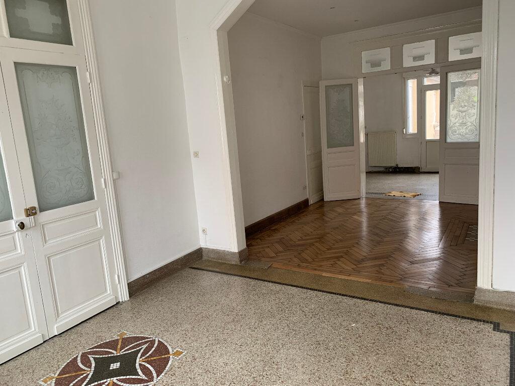 Appartement à louer 2 58.87m2 à Valenciennes vignette-1